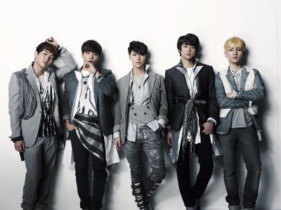[i]Round 1 OPEN: Post A Pic Of SHINee[/i] [b]Good Luck[/b]