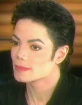 He looked great with short hair too! Such a beautiful face!!! <3
