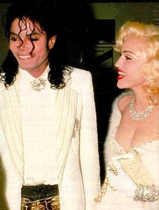 MJ with madonna . Looks gorgeous :D