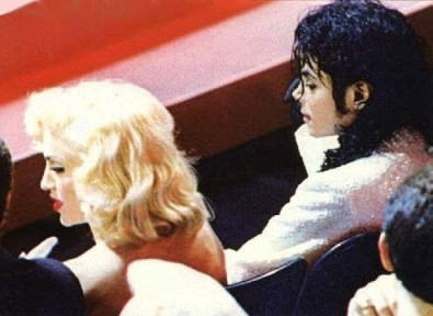 Michael and Madonna siting in the front row at the 1991 Academy Awards