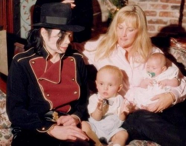The Jackson family back in 1998