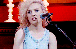 I lovee あなた perrie and あなた are the great singer