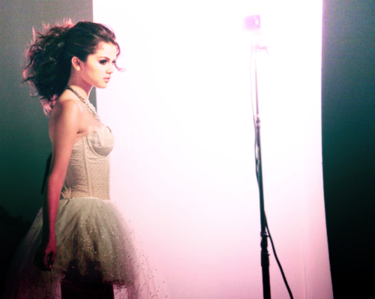 [i]Hey guys I see many people make a contest here so I want to make one :D This contest is about sel