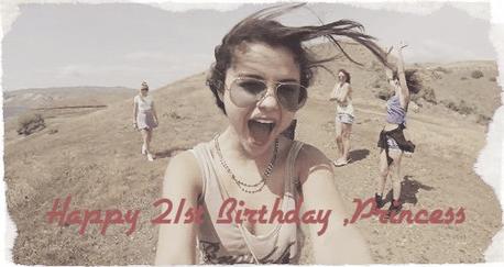 Happy Birthday Selena!! ♥♥