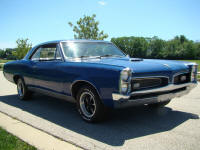 Berry 펀치 would drive a 1967 GTO. What would Carrot 상단, 맨 위로 drive? (I'm on vacation again, and I had to