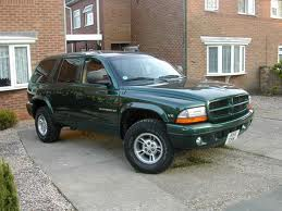 aguardente de maçã would drive a 1999 Dodge Durango. What would Rarity drive?