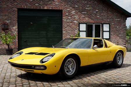 She'd drive a '66 Lamborghini Miura. What would Cheerilee have?