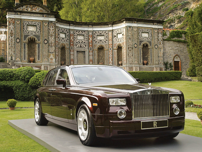 His car would be a 2010 Rolls Royce Phantom. What would Fancy Pants have?