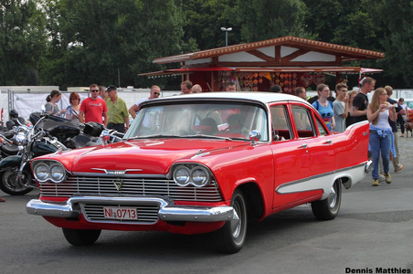I don't know what Past Sins is, but I will say that Nyx would drive a 1958 Plymouth Savoy. What would