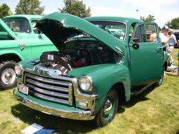 cidre fort, applejack would drive a 1954 GMC Pick up truck. What would Celestia have?