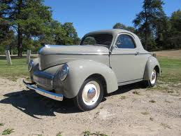 Cadence would drive a 1942 Willys Americar. What would Fleetfoot have?