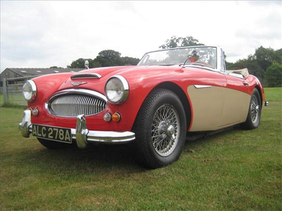 Aquamarine would drive this 1963 Austin Healey 3000. What would Someonebutnoone have?