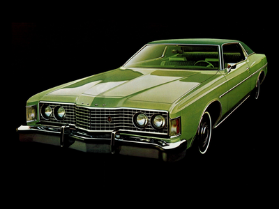 Twilight would have a 1973 Ford Galaxie hardtop. What would アップルジャック, applejack have?
