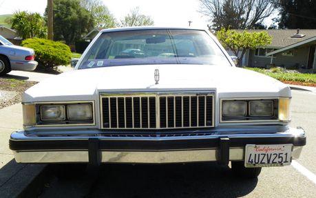 Cheese 三明治 would have a 1985 Mercury Grand Marquis. What would Sonata Dusk have?