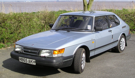 Colgate would drive a 1991 Saab 900S. What would Trenderhoof have?