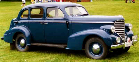 Babs Seed would drive a 1938 Oldsmobile F Series. What would Braeburn have?