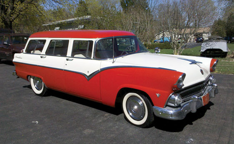 Granny Smith would have a 1955 Ford Station Wagon. What would Lucy Packard have?