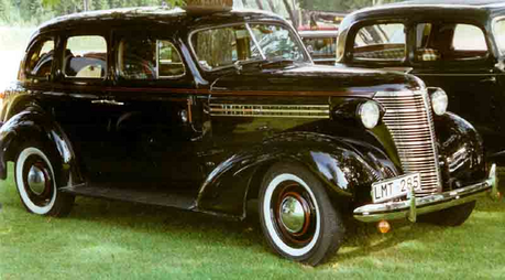Flitter would drive a 1938 Chevrolet Master 4 door. What would Cloudchaser have?