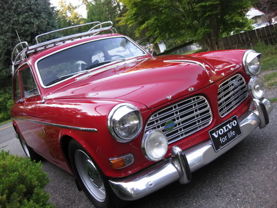 Mayor Mare would drive a 1968 Volvo Amazon. What would Spike have?