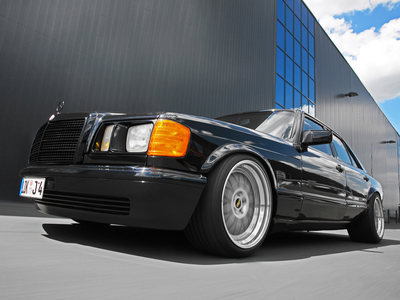 Featherweight would drive a 1991 Mercedes 560SE. What would Button Mash have?