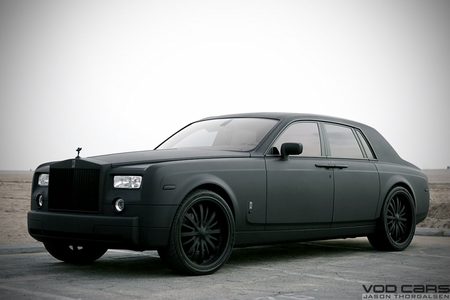 Amethyst bintang would drive a 2014 Rolls Royce. What would Colgate have?