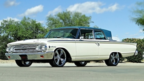 Moon Dancer would drive a 1963 Mercury Monterey. What would nuage Kicker have?