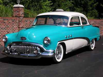 Bon Bon would have a 1952 Buick Special. What would Lyra have?