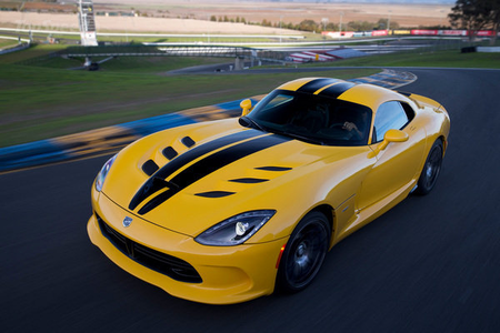 Spitfire would drive a 2015 SRT Viper. What would cầu vồng Dash have?