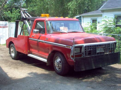 Night Glider would have a 1976 Ford F350 Tow truck. What would Lyra have?