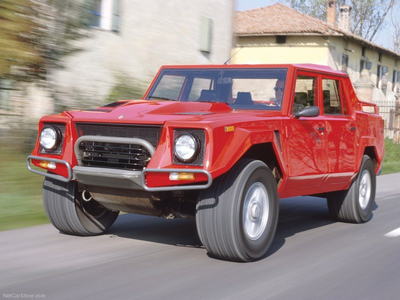 Bulk Biceps would drive a 1986 Lamborghini LM02. What would Spitfire have?