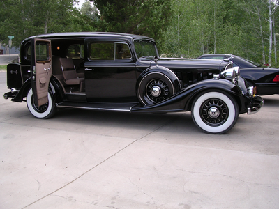 Celestia would have a 1933 Buick Series 90. What would Prince Blueblood have?