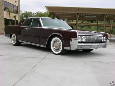 Maud Pie would have a 1964 lincoln Continental. What would Igneous Rock have?