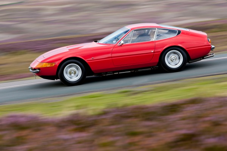 awan Chaser would drive a 1969 Ferrari 365 GTB4 Daytona. What would Flitter have?