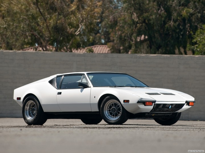 Gummy would drive a 1971 De Tomaso Pantera. What would Winona have?