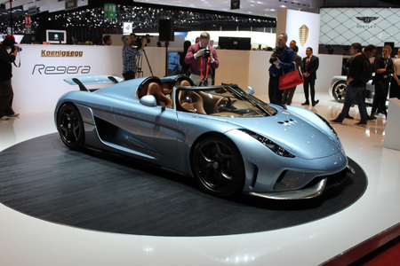 pelangi, rainbow Dash would drive a 2015 Koenigsegg Regera. What would Trouble Shoes have?