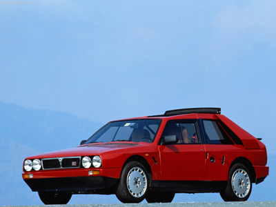 Applebloom would drive a 1985 Lancia Delta S4. What would Scootaloo have?