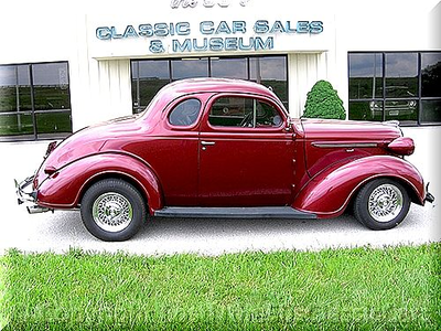 awan Chaser would have a 1938 Plymouth. What would awan Kicker have?
