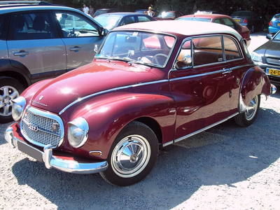 Fleur De Lis would drive a 1959 DKW Auto Union 1000S Deluxe. What would 树 Hugger have?