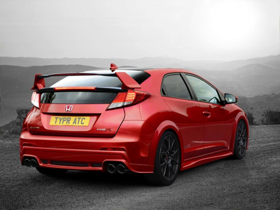 Spitfire would drive a 2015 Honda Civic Type R. What would Soarin' have?