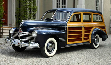 Mayor Mare would have a 1941 Pontiac station wagon. What would Granny Smith have?