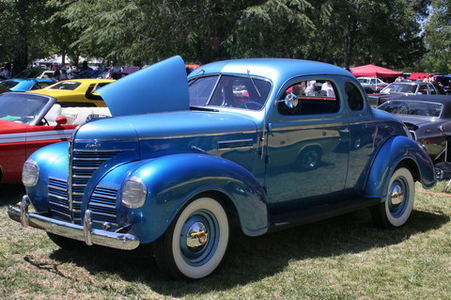 Parasprites would drive 1939 Plymouth Deluxe Business Coupes. What would Gilda have?