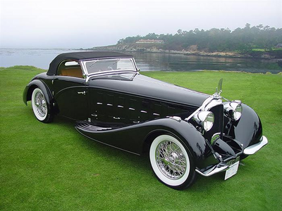 Really? Great photos! Anyways, Diamond Tiara would drive a 1934 Voisin C15 Saloit Roadster. What woul