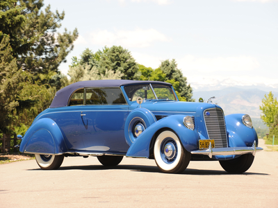 Silver Spoon would drive a 1938 lincoln K conversível Victoria. What would Bon Bon have?