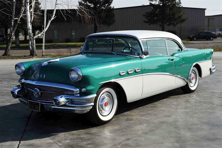 苹果白兰地 would have a 1956 Buick Special. What would Applebloom have?