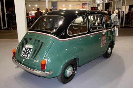 Snips would drive a 1968 Fiat Multipla. What would Snails have?