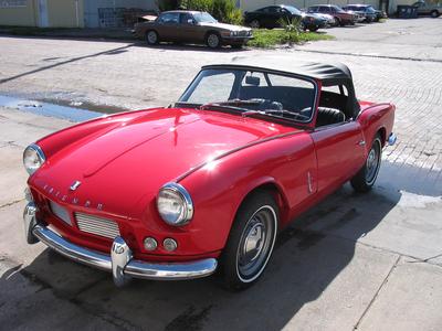 applejack would drive a 1962 Triumph Spitfire. What would Big Mac drive?