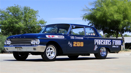 Soarin would drive a 1961 Ford race car. What would Spitfire have?