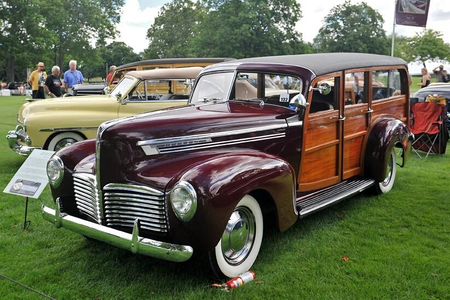 Trouble Shoes would drive a 1941 Hudson Super Six. What would Coco Pomel have?
