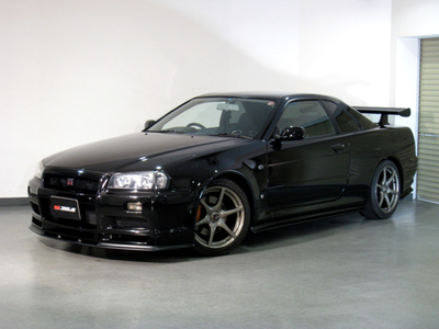 Gilda would have a 2002 Nissan Skyline GTR. What would Trixie have?
