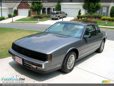 Spitfire would drive a 1988 Oldsmobile Toronado. What would Derpy have?